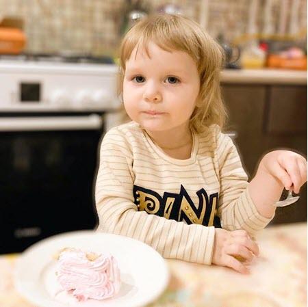 Ребенок ест только макароны